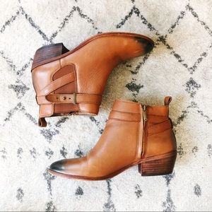 Sam Edelman chestnut brown leather booties